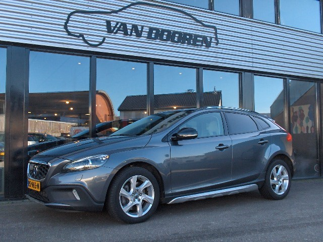Volvo V40 Cross Country T5 2.5T AWD Summum